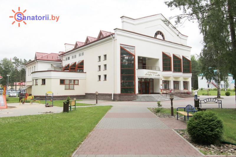 Санатории Белоруссии Беларуси - санаторий Озёрный - столовая-клуб