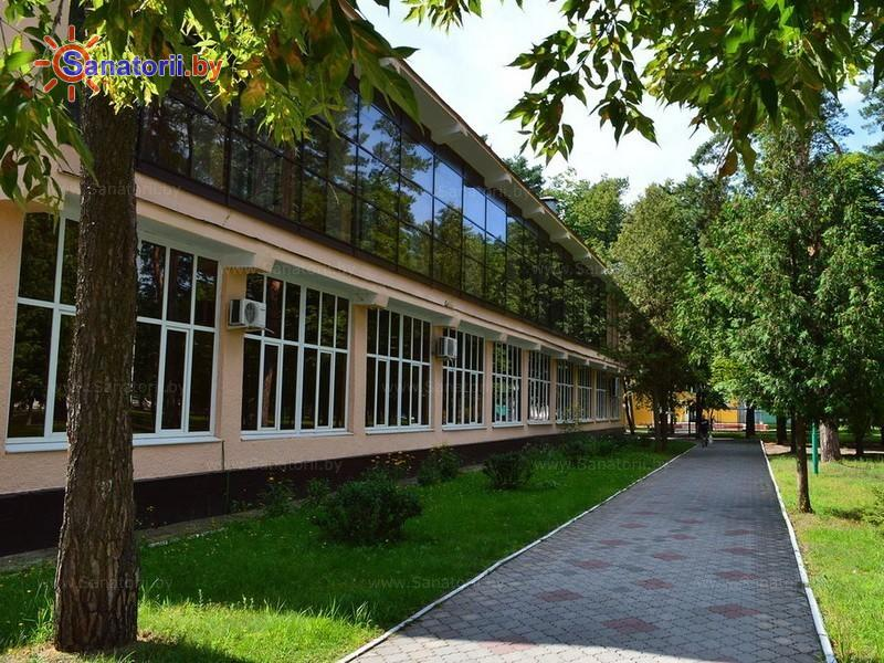 Санатории Белоруссии Беларуси - санаторий Чёнки - столовая-клуб