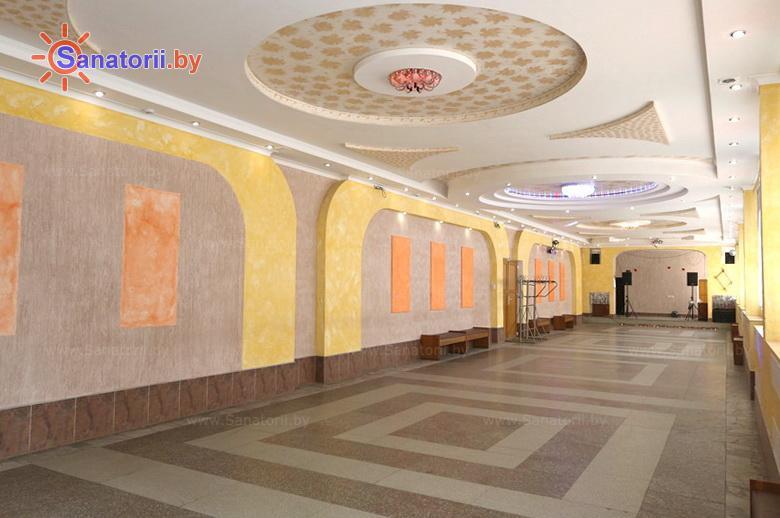Санатории Белоруссии Беларуси - санаторий Лётцы - Танцевальный зал