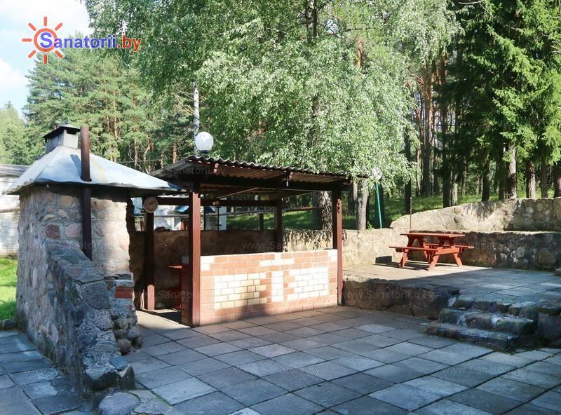 Санатории Белоруссии Беларуси - санаторий Нарочанский берег - Площадка для шашлыков