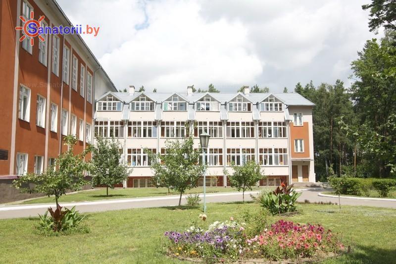 Санатории Белоруссии Беларуси - санаторий Подъельники - главный корпус