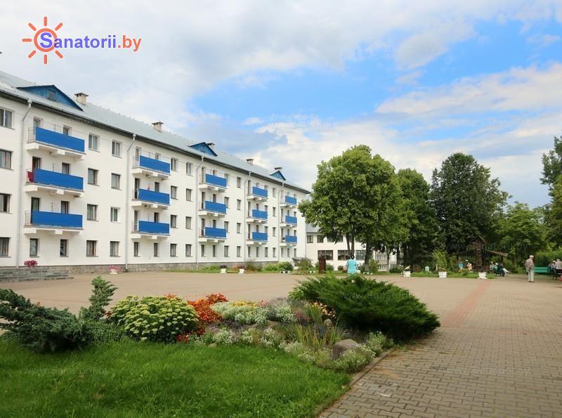 Санатории Белоруссии Беларуси - санаторий Нарочь - корпус №1