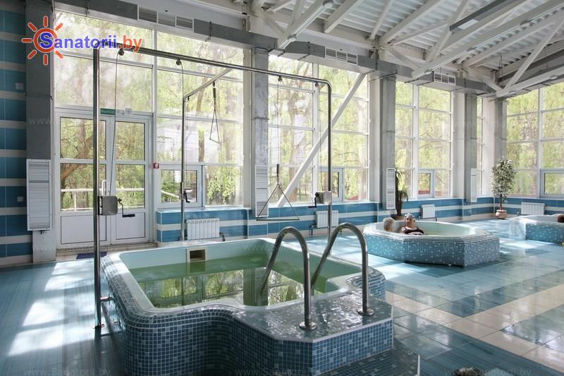 Санатории Белоруссии Беларуси - санаторий Поречье - Вытяжение позвоночника подводное