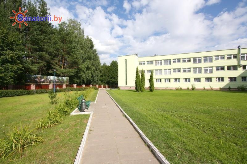 Санатории Белоруссии Беларуси - санаторий Поречье - лечебный корпус