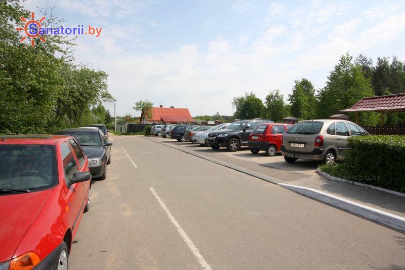 Санатории Белоруссии Беларуси - санаторий Поречье - Парковка