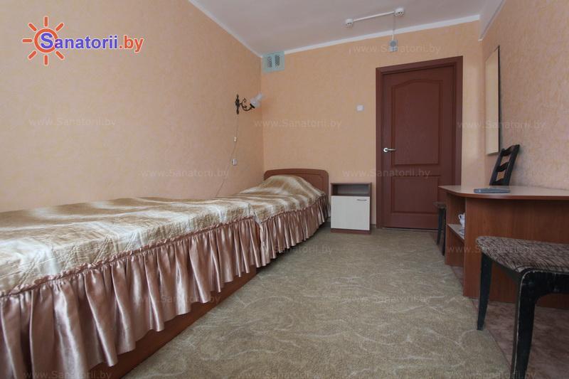 Санатории Белоруссии Беларуси - санаторий Пралеска - двухместный однокомнатный стандарт (спальный корпус)