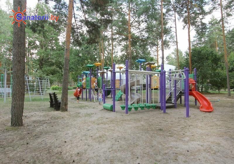 Санатории Белоруссии Беларуси - санаторий Солнечный берег - Детская площадка