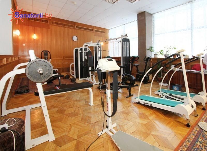 Санатории Белоруссии Беларуси - санаторий Сосны - Тренажерный зал (механотерапия)