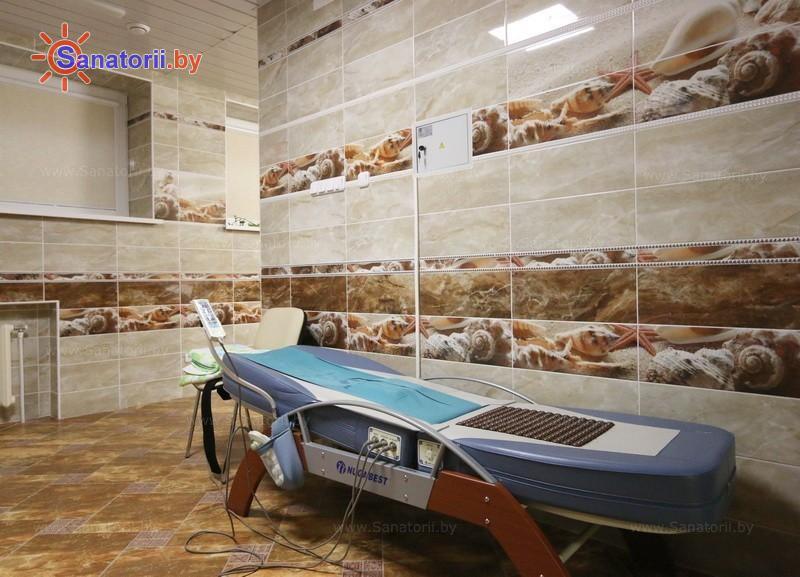 Санатории Белоруссии Беларуси - санаторий Сосны - Массаж аппаратный