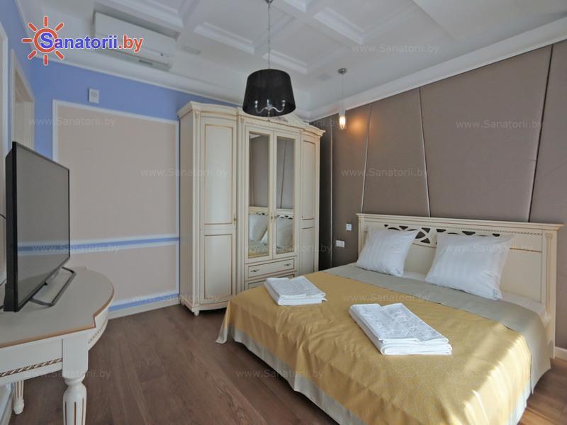 Санатории Белоруссии Беларуси - санаторий Березка - двухместный двухкомнатный люкс (корпус №1)