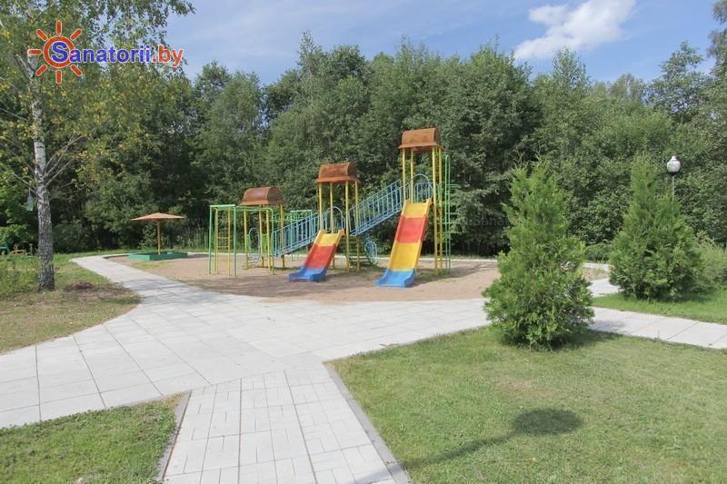 Санатории Белоруссии Беларуси - санаторий Железняки - Детская площадка