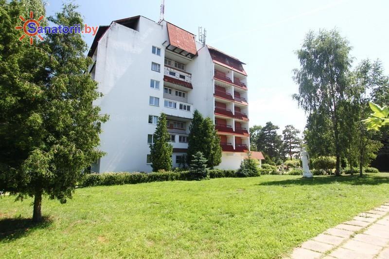 Санатории Белоруссии Беларуси - оздоровительный центр Лазурный - основной корпус