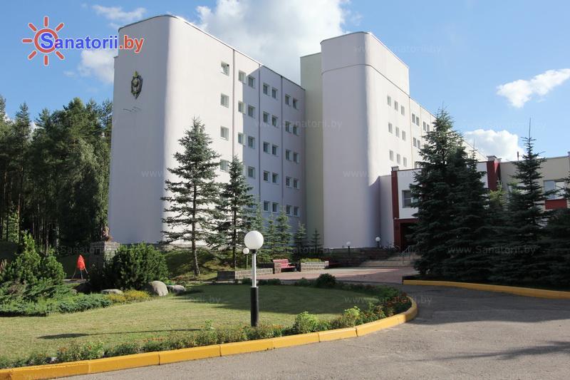 Санатории Белоруссии Беларуси - санаторий Лесное - главный корпус