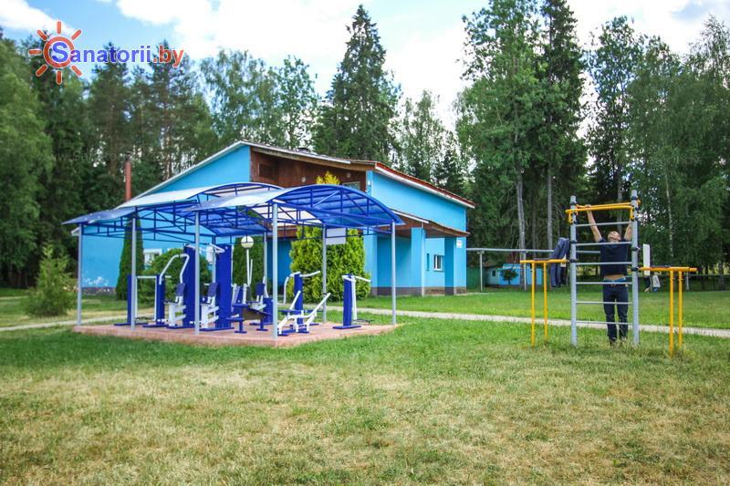 Санатории Белоруссии Беларуси - санаторий Лесное - Уличные тренажеры