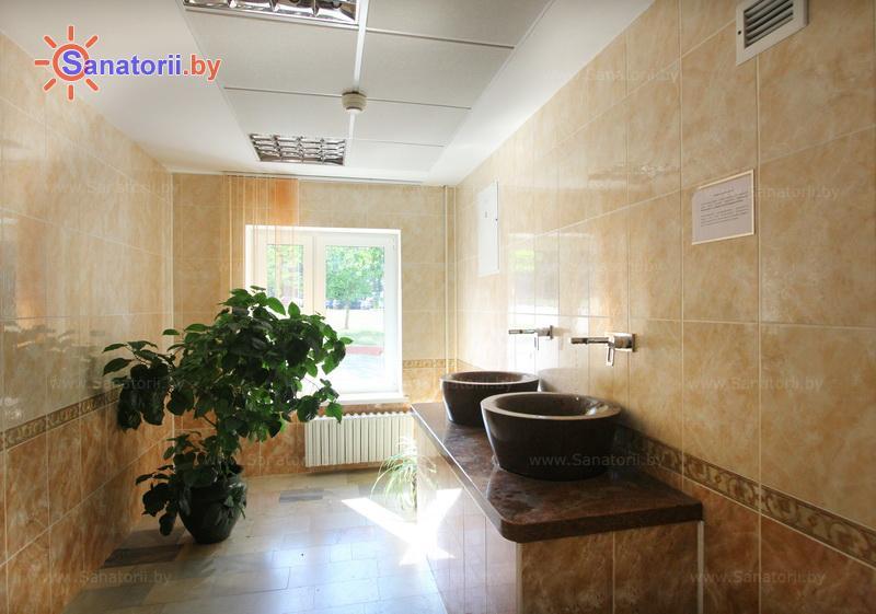 Санатории Белоруссии Беларуси - санаторий Сосны - Бювет минеральной воды