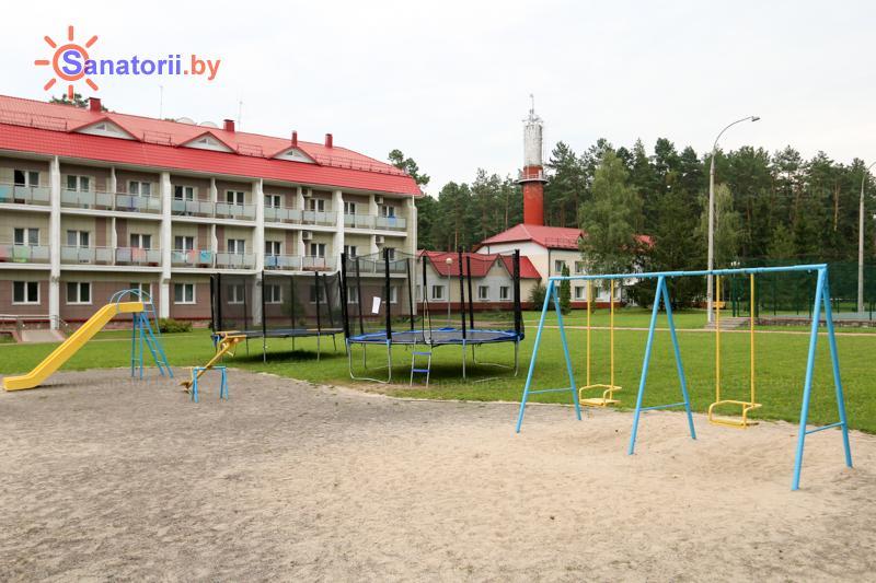 Санатории Белоруссии Беларуси - санаторий Сосны - Детская площадка