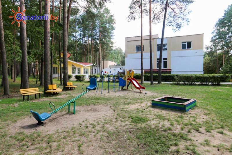 Санатории Белоруссии Беларуси - оздоровительный центр Талька - Детская площадка