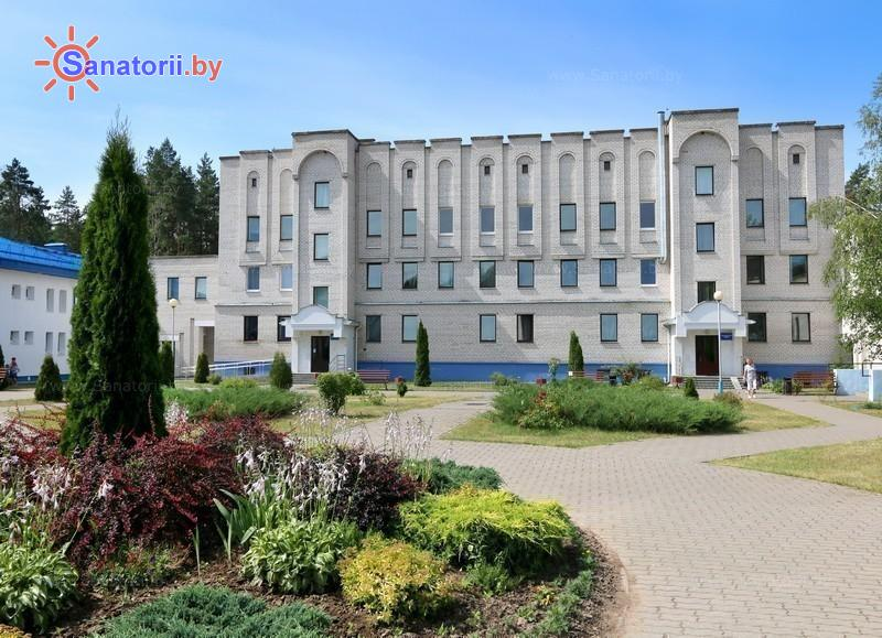 Санатории Белоруссии Беларуси - санаторий Чаборок - лечебный корпус
