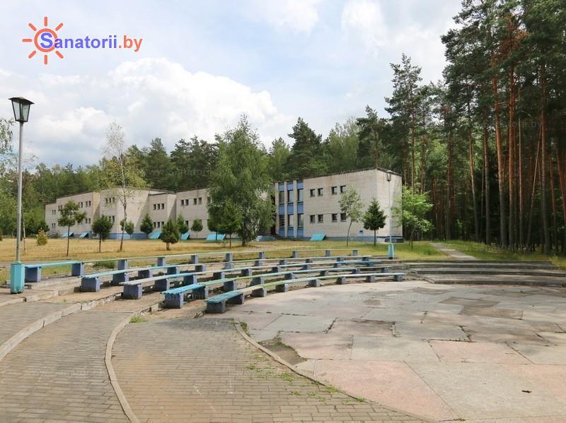 Санатории Белоруссии Беларуси - санаторий Чаборок - Танцплощадка летняя