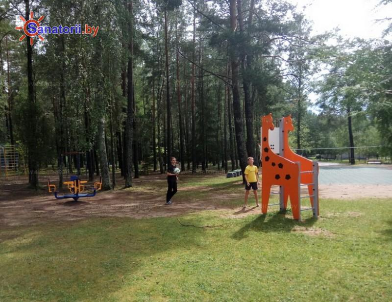 Санатории Белоруссии Беларуси - санаторий Чаборок - Детская площадка