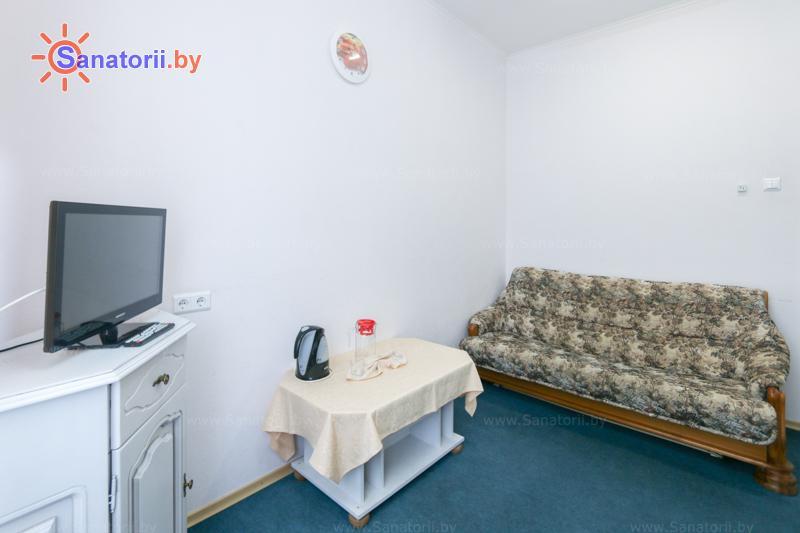Санатории Белоруссии Беларуси - санаторий Шинник - двухместный двухкомнатный (жилищно-медицинский корпус)