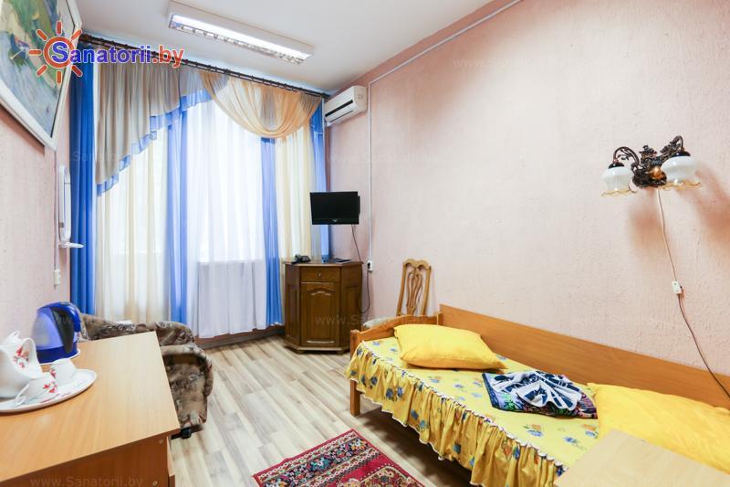 Санатории Белоруссии Беларуси - санаторий Шинник - одноместный однокомнатный (спальный корпус)