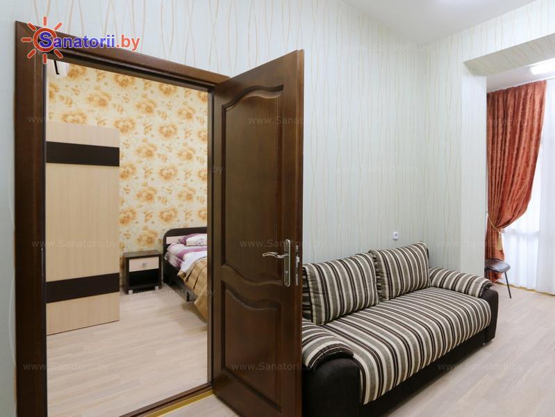Санатории Белоруссии Беларуси - санаторий Железнодорожник - двухместный двухкомнатный люкс (главный корпус)
