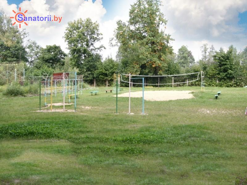 Санатории Белоруссии Беларуси - оздоровительный комплекс БАТЭ - Детская площадка