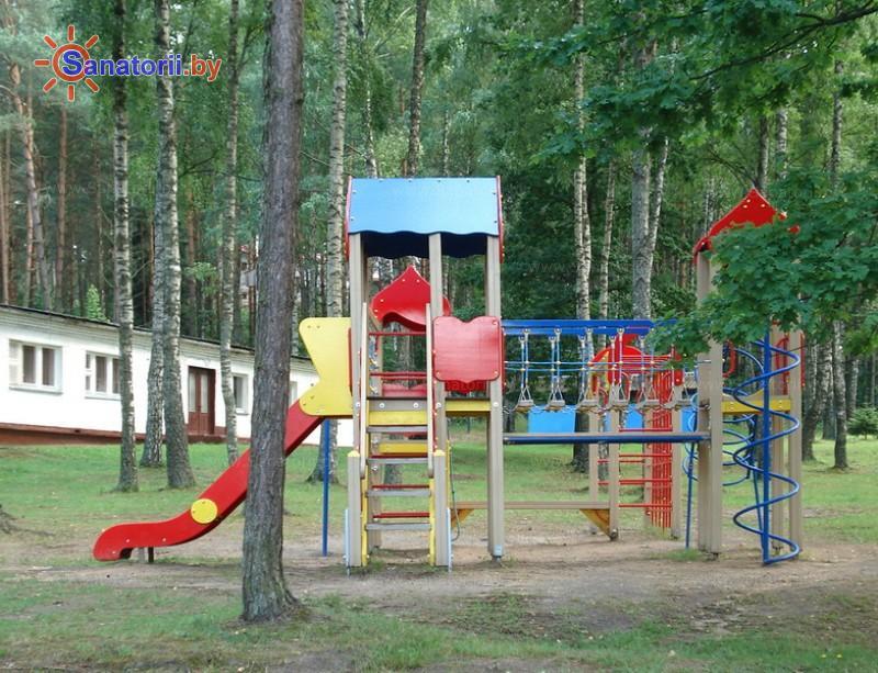 Санатории Белоруссии Беларуси - оздоровительный центр Дудинка - Детская площадка