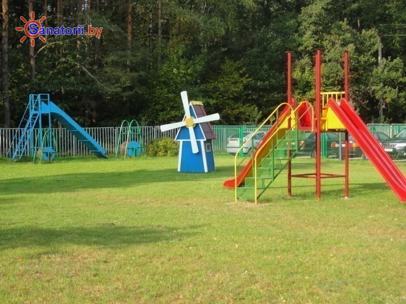 Санатории Белоруссии Беларуси - санаторий Радуга - Детская площадка