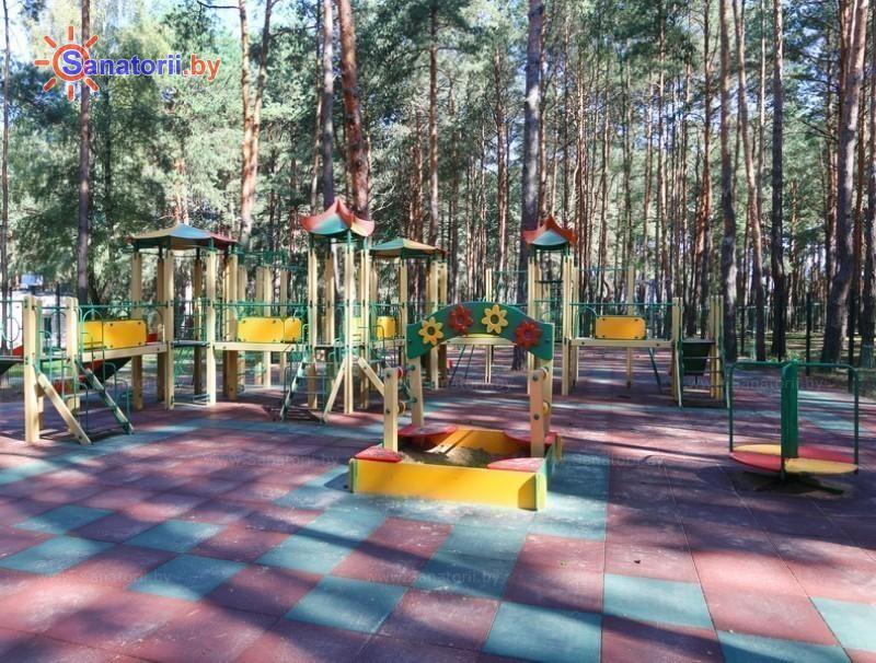 Санатории Белоруссии Беларуси - санаторий Солнечный - Детская площадка