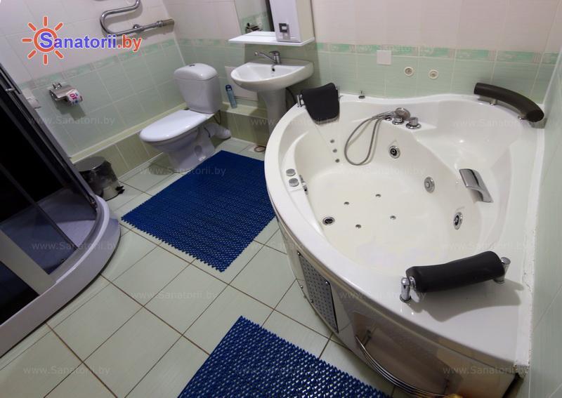 Санатории Белоруссии Беларуси - санаторий Свитязь - двухместный двухкомнатный apartament (главный корпус)