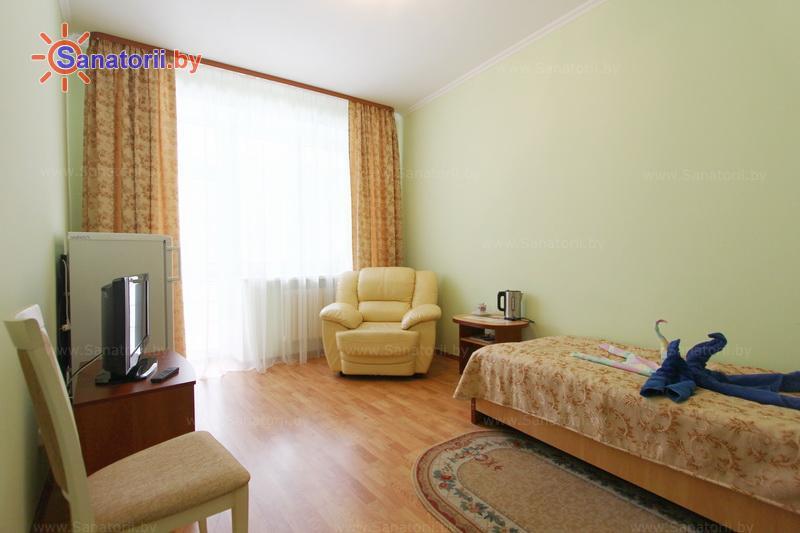 Санатории Белоруссии Беларуси - санаторий Белая вежа - двухместный однокомнатный 1 категории (спальные корпуса № 3, 4)