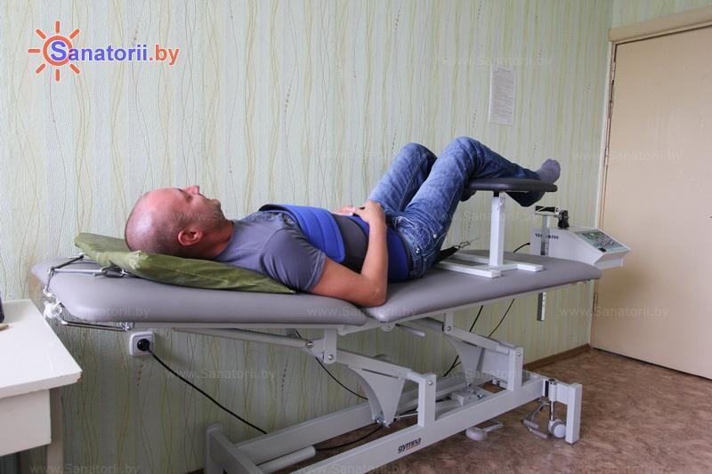 Санатории Белоруссии Беларуси - санаторий Сосны - Вытяжение позвоночника сухое