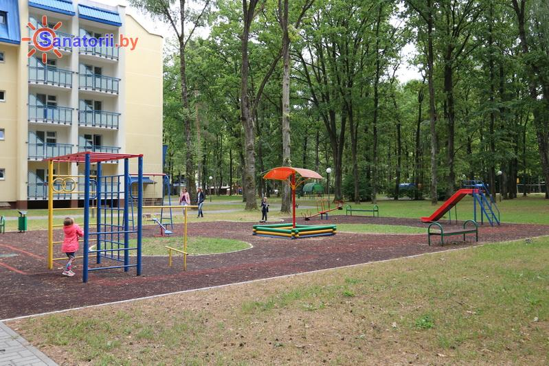 Санатории Белоруссии Беларуси - санаторий Жемчужина - Детская площадка