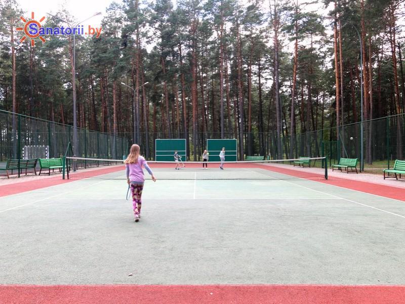 Санатории Белоруссии Беларуси - санаторий Ружанский - Теннисный корт