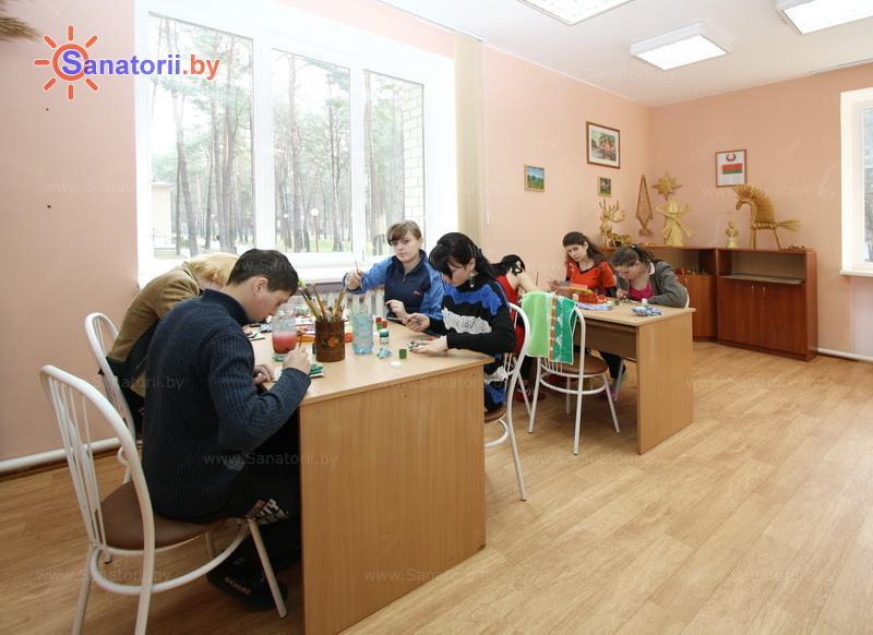 Санатории Белоруссии Беларуси - ДРОЦ Колос - Детский воспитатель