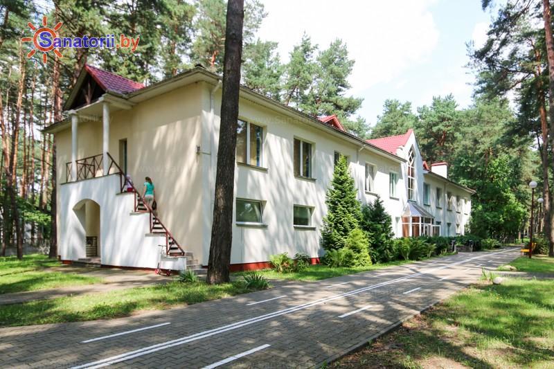 Санатории Белоруссии Беларуси - ДРОЦ Колос - лечебный корпус