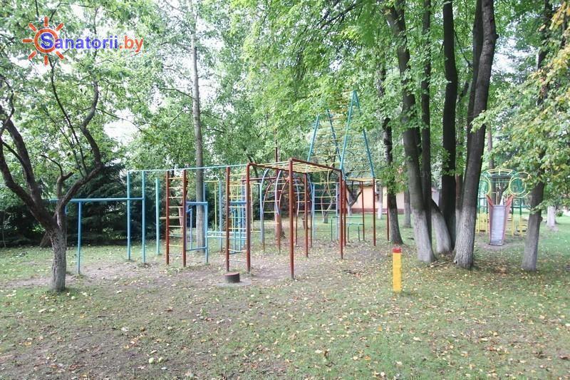 Санатории Белоруссии Беларуси - ДРОЦ Ждановичи - Детская площадка