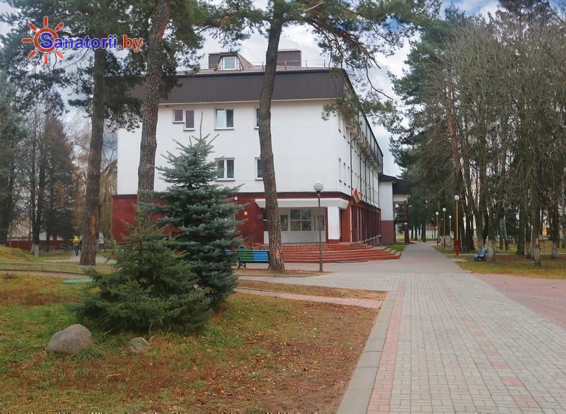 Санатории Белоруссии Беларуси - ДРОЦ Ждановичи - спальный корпус №2
