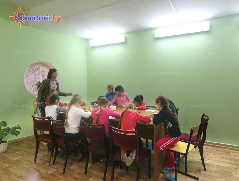 Санатории Белоруссии Беларуси - ДРОЦ Ждановичи - Детский воспитатель