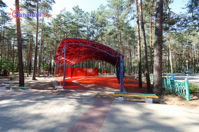 Санатории Белоруссии Беларуси - ДРОЦ Пралеска - Танцплощадка летняя