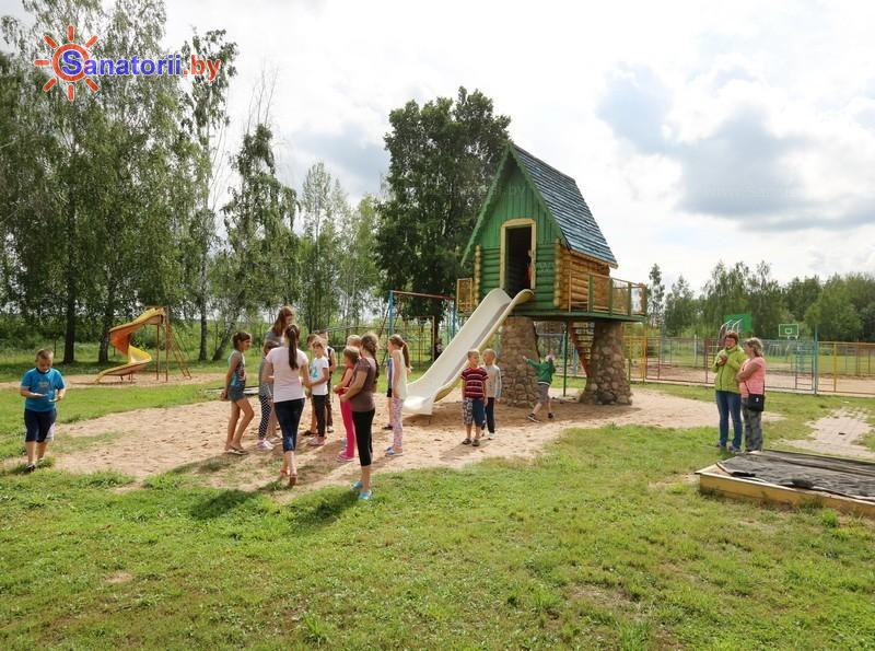 Санатории Белоруссии Беларуси - детский санаторий Солнышко - Детская площадка