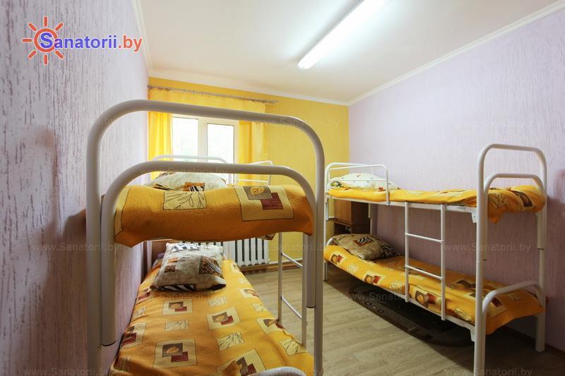 Санатории Белоруссии Беларуси - детский санаторий Налибокская пуща - четырехместный однокомнатный (спальные корпуса)