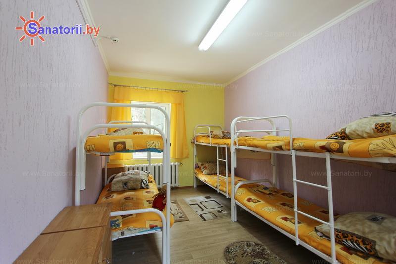 Санатории Белоруссии Беларуси - детский санаторий Налибокская пуща - шестиместный однокомнатный (спальные корпуса)