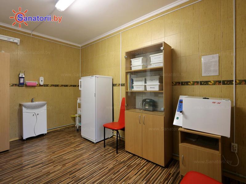 Санатории Белоруссии Беларуси - детский санаторий Налибокская пуща - Процедурный кабинет