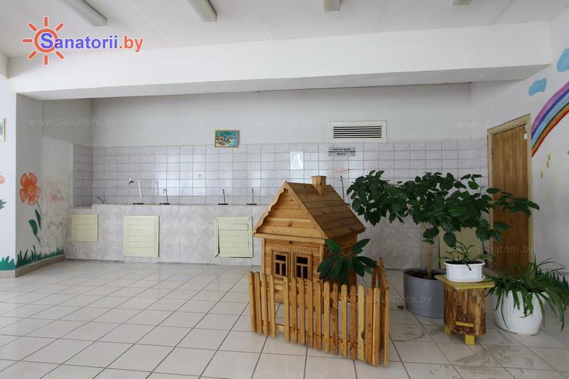 Санатории Белоруссии Беларуси - ДРОЦ Сидельники - Бювет минеральной воды