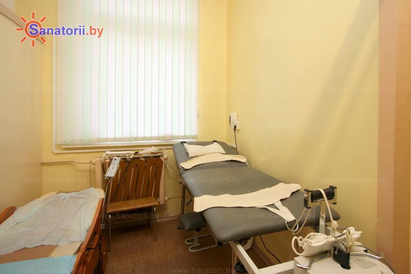 Санатории Белоруссии Беларуси -  Центр медицинской реабилитации и бальнеолечения - Вытяжение позвоночника сухое