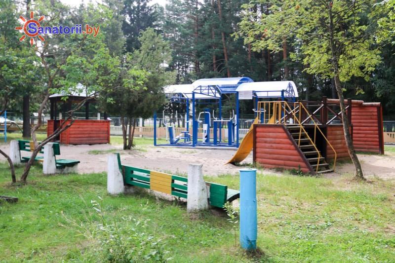 Санатории Белоруссии Беларуси - санаторий Чайка - Детские комнаты и площадки