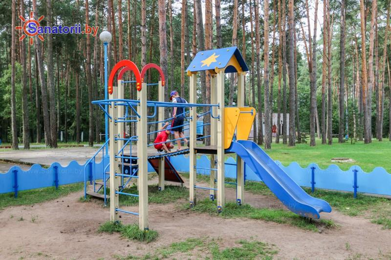 Санатории Белоруссии Беларуси - санаторий Чайка - Детская площадка